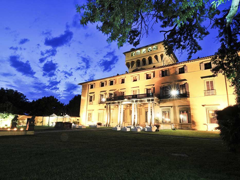 villa_night