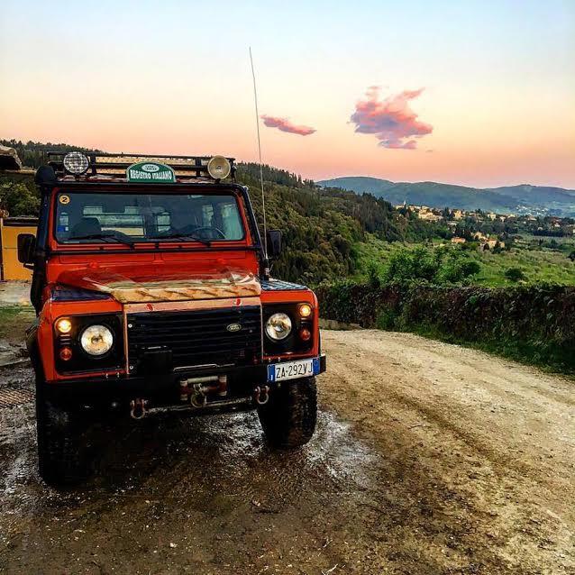 jeep per safari tour compleanno